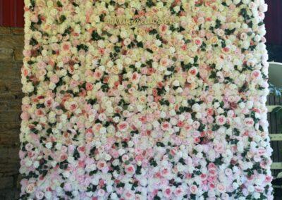 Balloon Garland flower wall